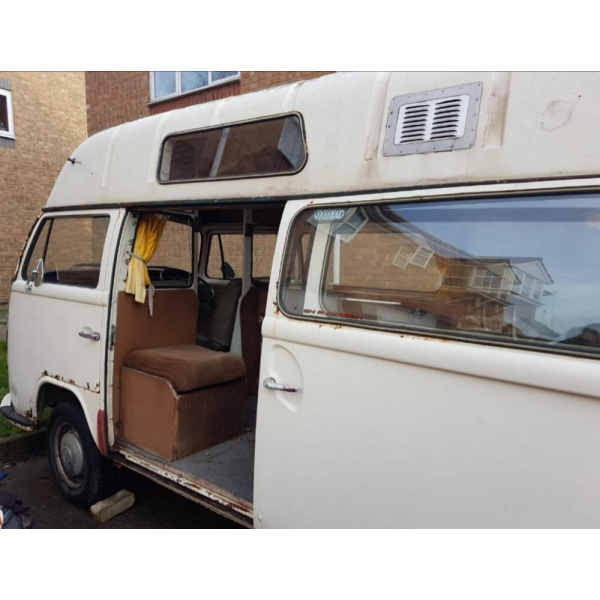 VW T2 Early bay late back campervan