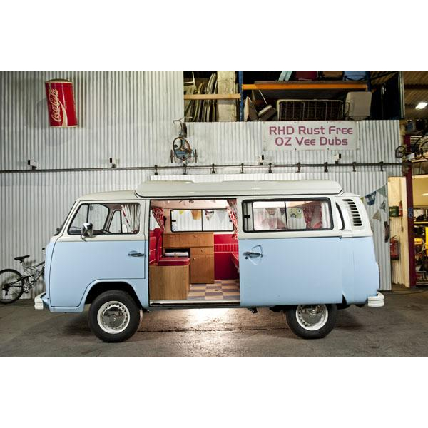 Right hand drive rust free Australian import bespoke build in Blue and white, 2 litre engine. central heating, leisure system installed, built and sold by marque specialist in business for 16 years