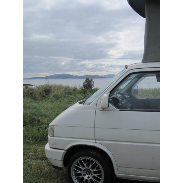 Masey is ready for a new home! (H Reg, 2.3 D, T4 Westfalia California, LH drive, 10,500 ONO)