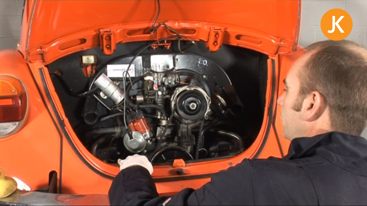Remove An Air-Cooled VW Engine (1/3)