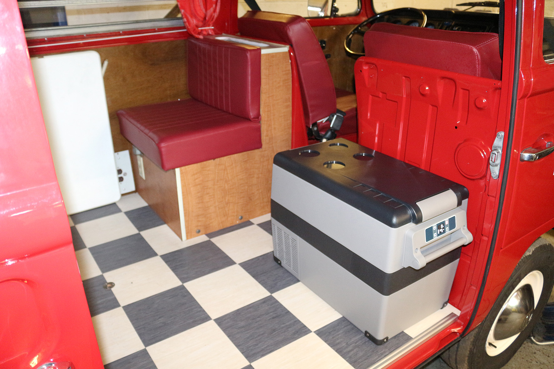 Just Kampers 45Lt 12v-230v Electric Compressor Cool Box Fridge/ Freezer