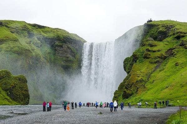Waterfall Green